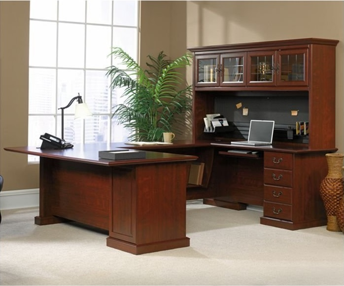 Elegant Executive u shaped desk